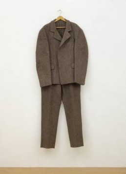 Joseph Beuys: costume de feutre