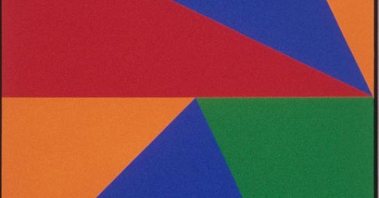 Bi-Système triangulaire, 1972, acrylique sur toile, 244,2 cm x 122, Fondation Guido Molinari, © SODRAC Photo : Guy L'Heureux